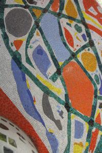 La mosaïque du campanile de la chapelle Sainte Thérèse, rue de Croix.